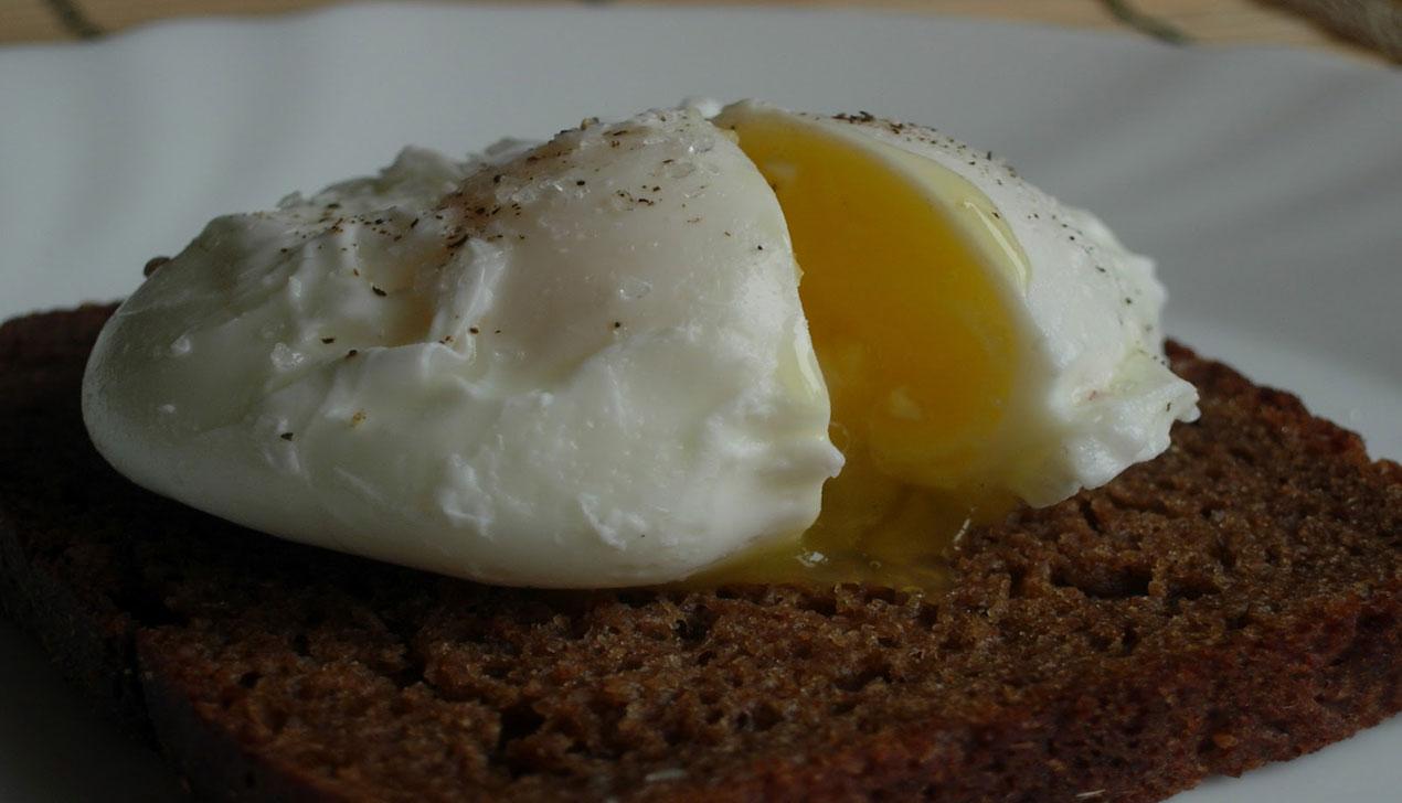 Яйцо пашот. Колонка Евгении Добровой