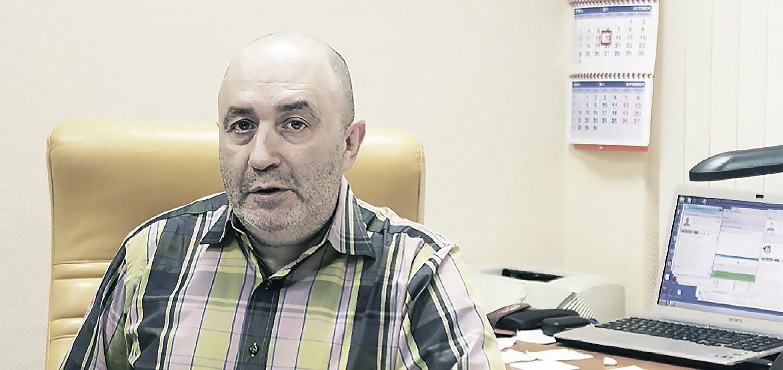 КВНщик Виталий Новиков: «Cделать из себя медийное лицо и уйти на свой хлеб»
