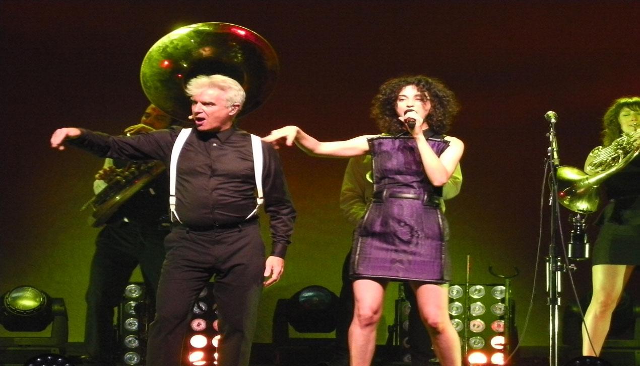 Татьяна Замировская о последнем альбоме David Byrne & St Vincent «Love This Giant»