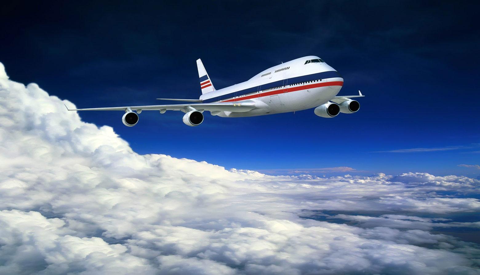 Про самолеты. Колонка Лены Стоговой