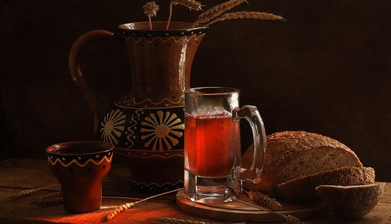Крамбамбуля, сбитень, клюковка: традиционные белорусские напитки и их рецепты