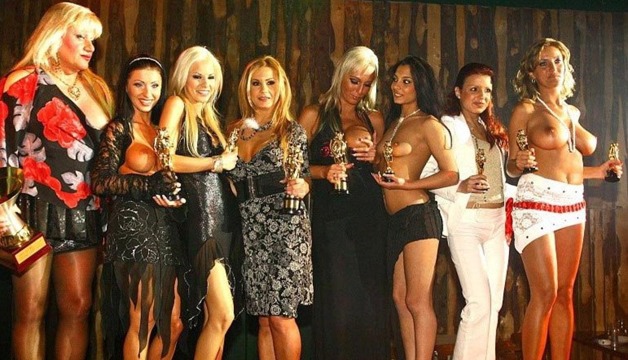 Фестиваль эротики и порно-Оскар. Карманный календарь секс-путешественника
