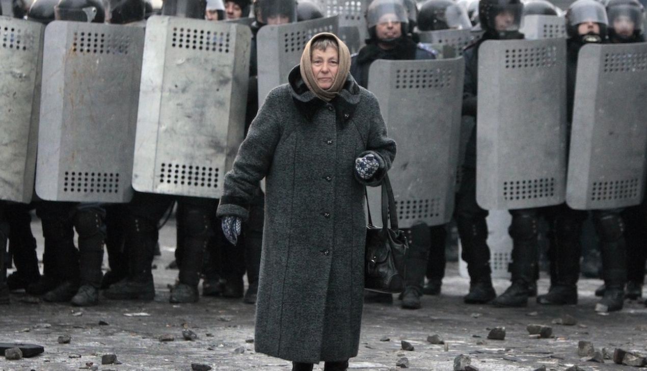 «Мысли уехать были, конечно». Как сейчас живут украинцы