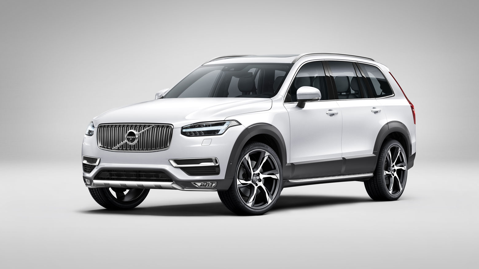 083-Volvo-XC90-Rugged