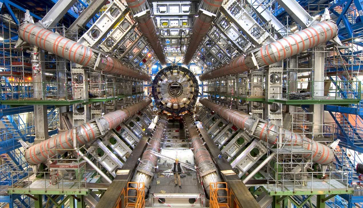 Большой адронный коллайдер опять в строю и его можно послушать