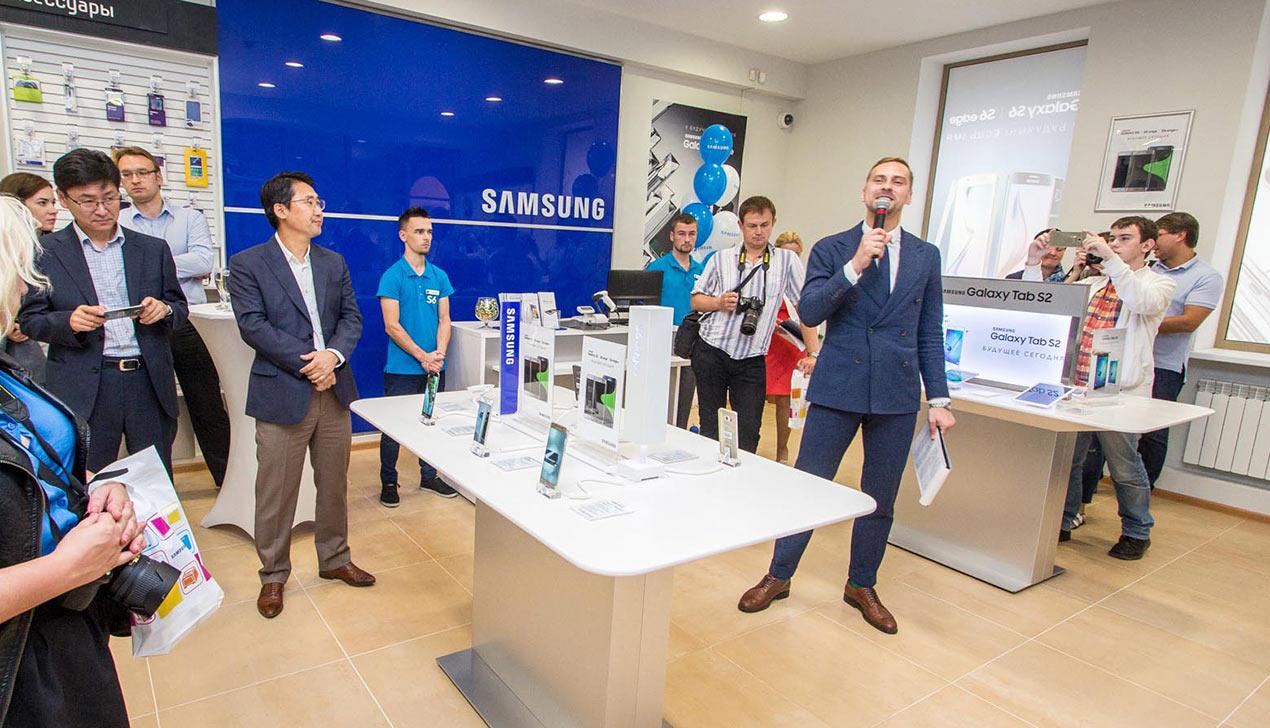 В Минске открылся первый «Samsung Сервис Плаза»
