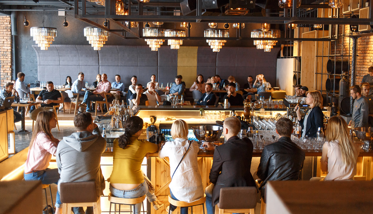 Смотри, как прошел Hennessy Very Special Mixology Summit