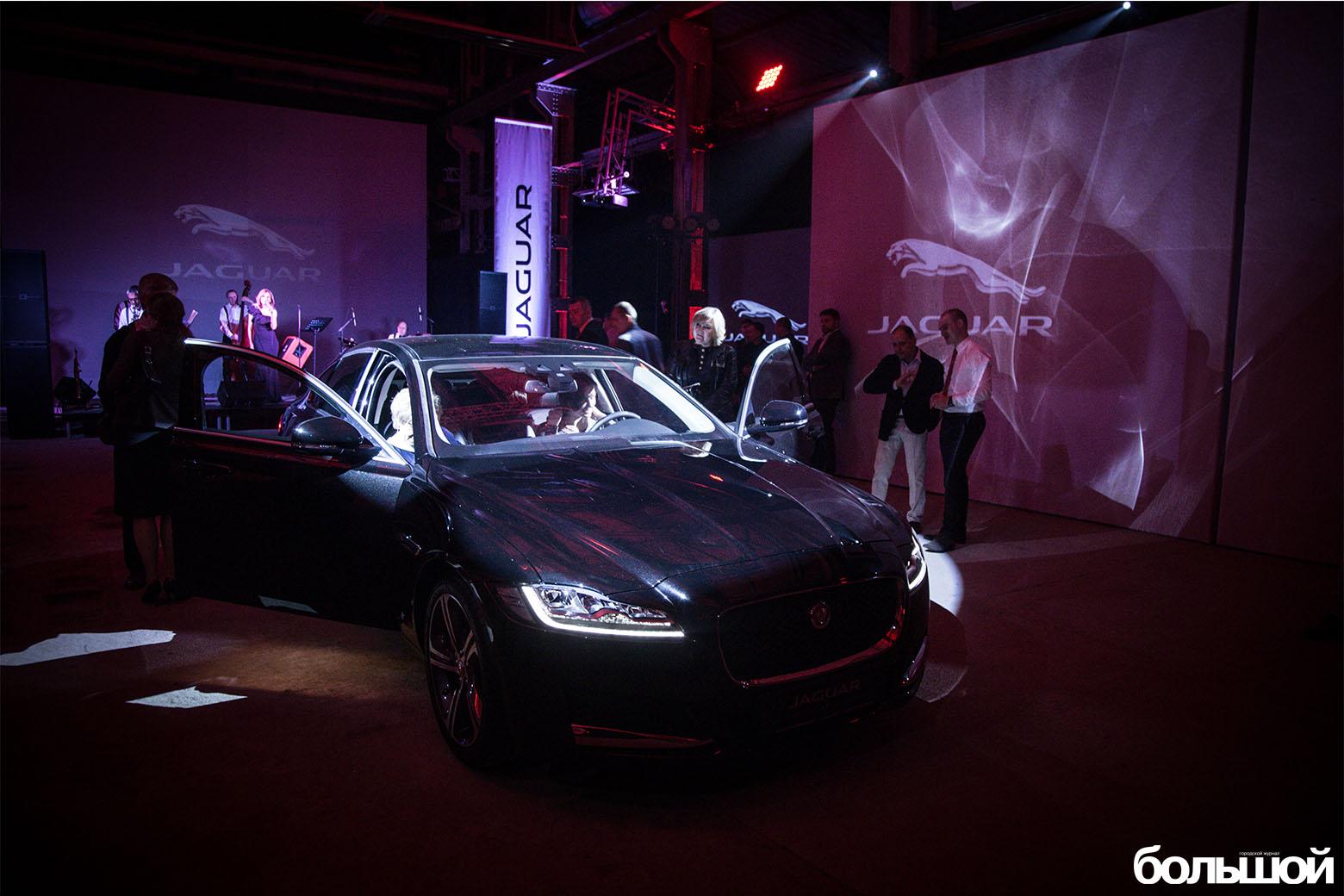 Презентация Jaguar XJ и Jaguar XF