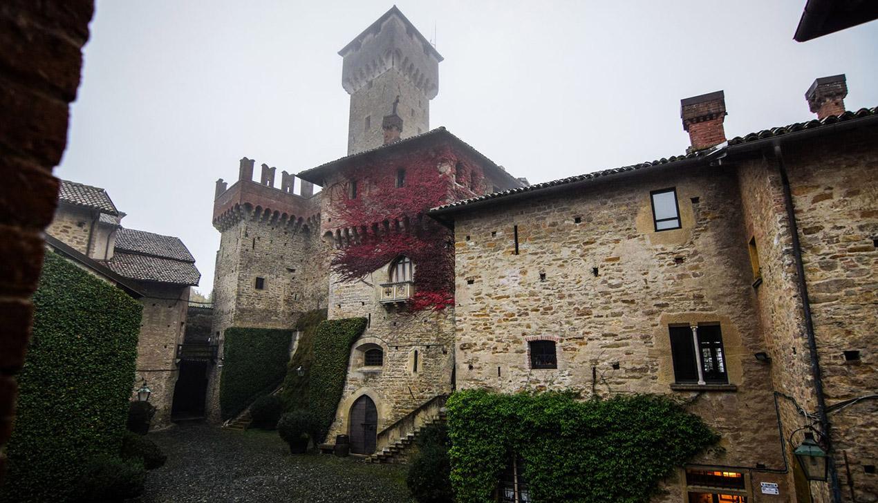 Мой дом — моя крепость: современный маркиз и его замок в Италии