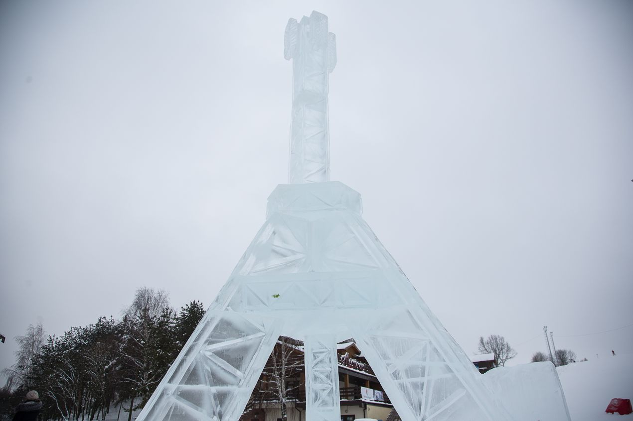Ледяная скульптура velcom