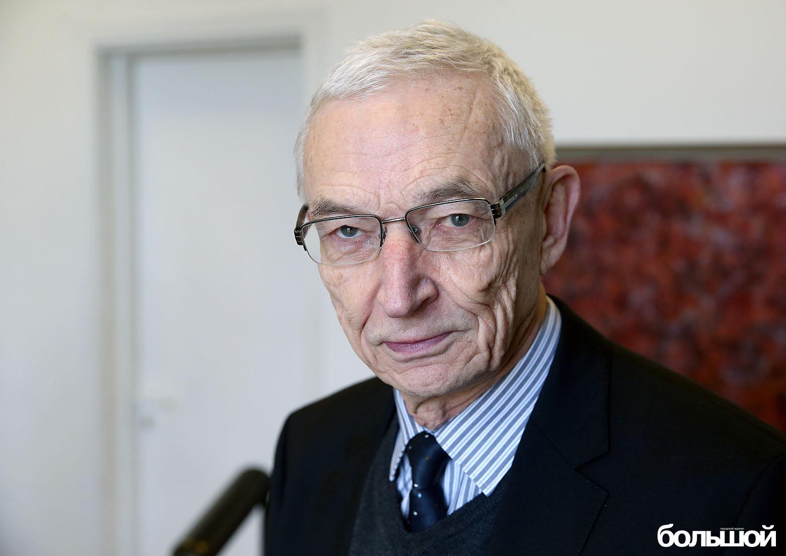 Президент ЕГУ Анатолий Михайлов