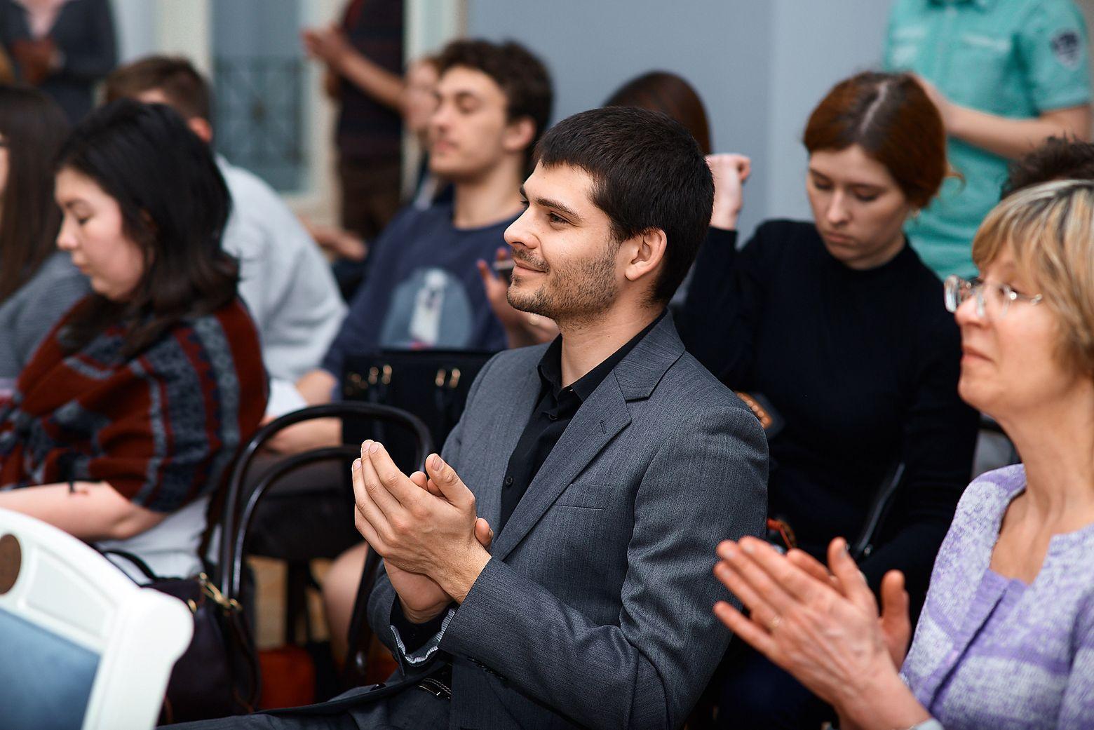"""Журналист """"Большого"""" на презентации Movabox"""