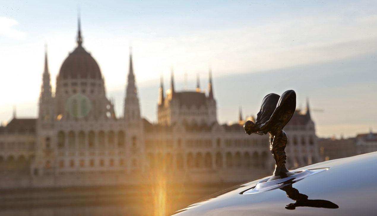 Эксклюзивный тест-драйв Rolls-Royce. Самые быстрые и роскошные полмиллиона евро