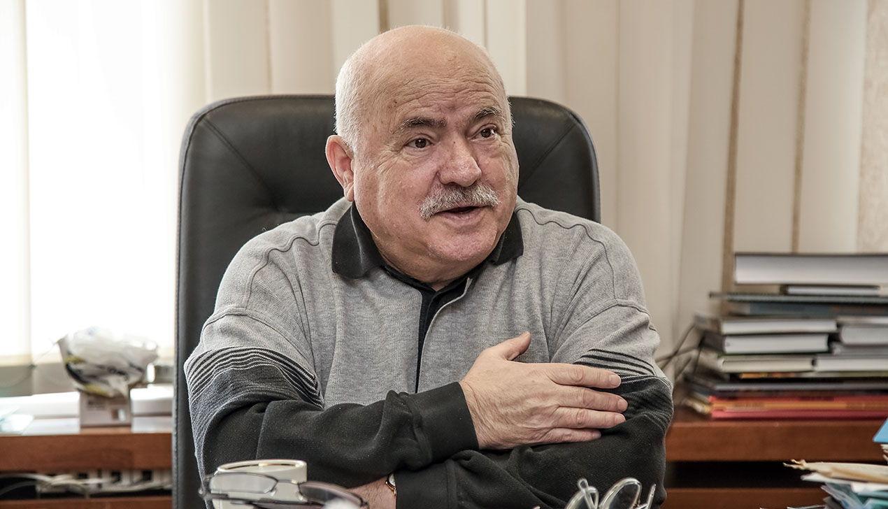 Николай Чергинец: «Сегодня писатель, если выйдет на пенсию и не будет работать, станет бомжом»