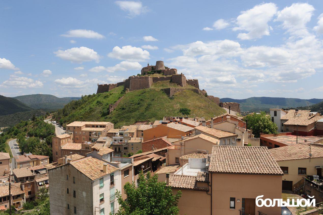 Замок Кардона. Каталония, Испания