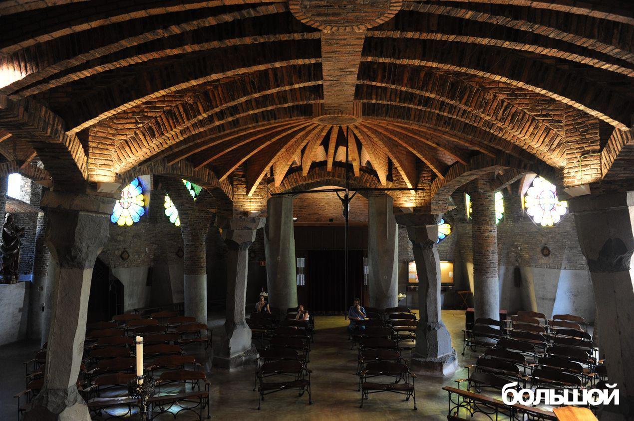Убранство церкви в Каталонии