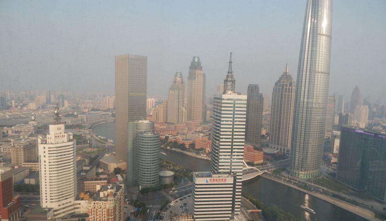 Современный Китай: ни одного оттенка красного