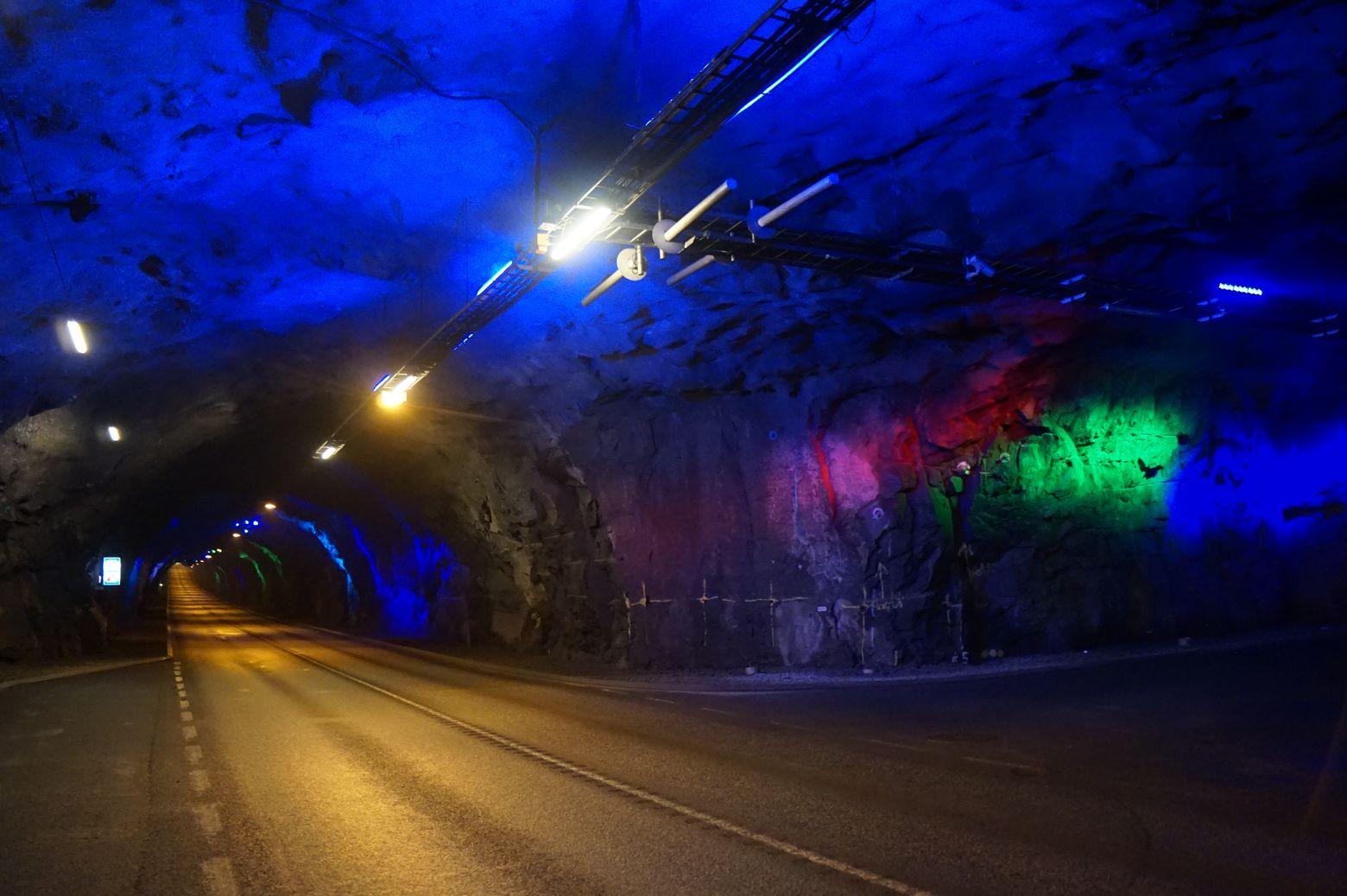 Тоннель между о. Стреймой и Бордой