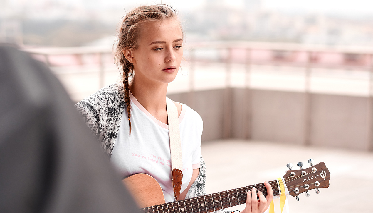 Звезда YouTube и вокалист группы ЛСП спели Дэвида Боуи по-белорусски