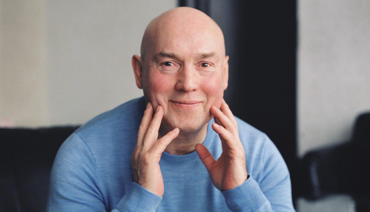 Актер Виктор Сухоруков: «Пусть Серебряков зеркало протрет — оно у него замутилось»