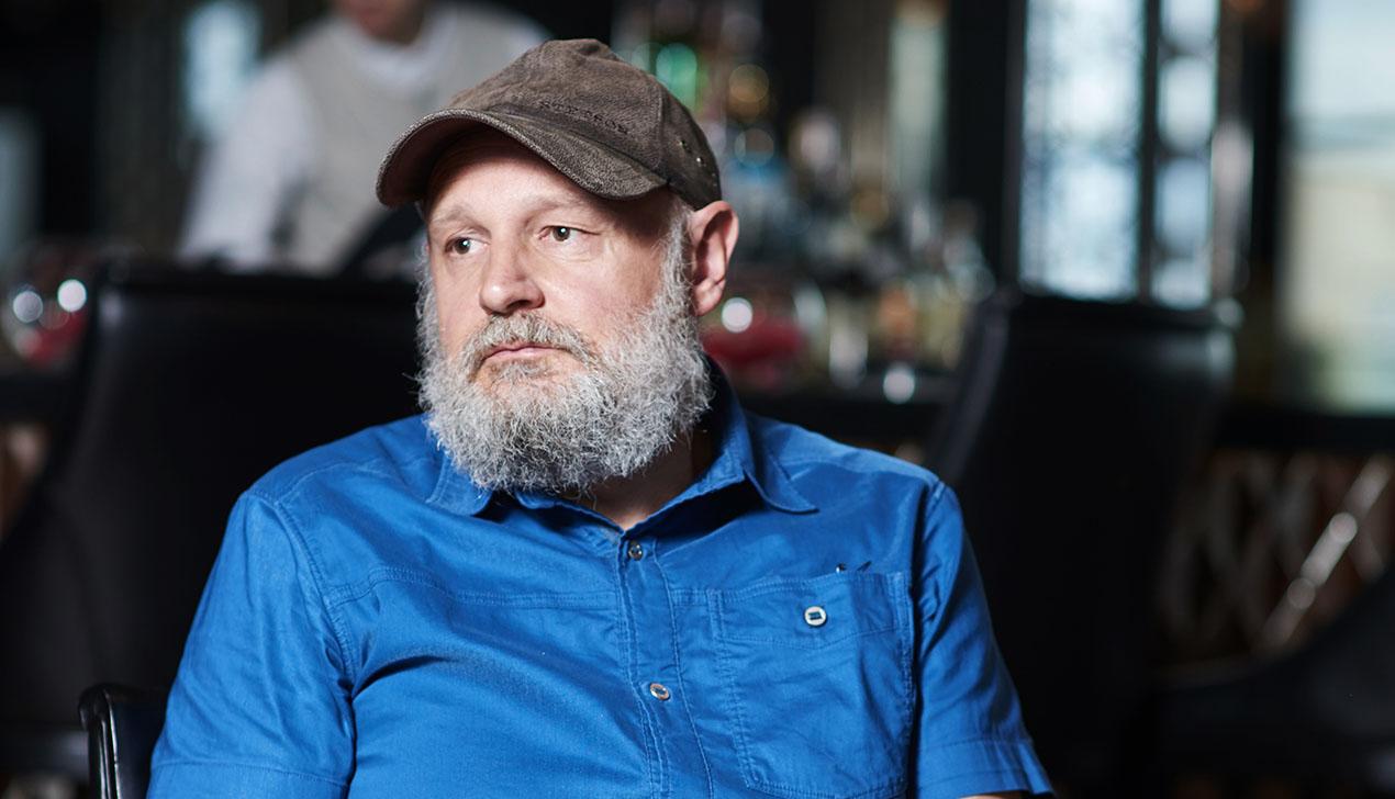 Писатель Эрленд Лу: «Если бы я писал сценарий фильма про Беларусь, жанрово это была бы сатира на власть»