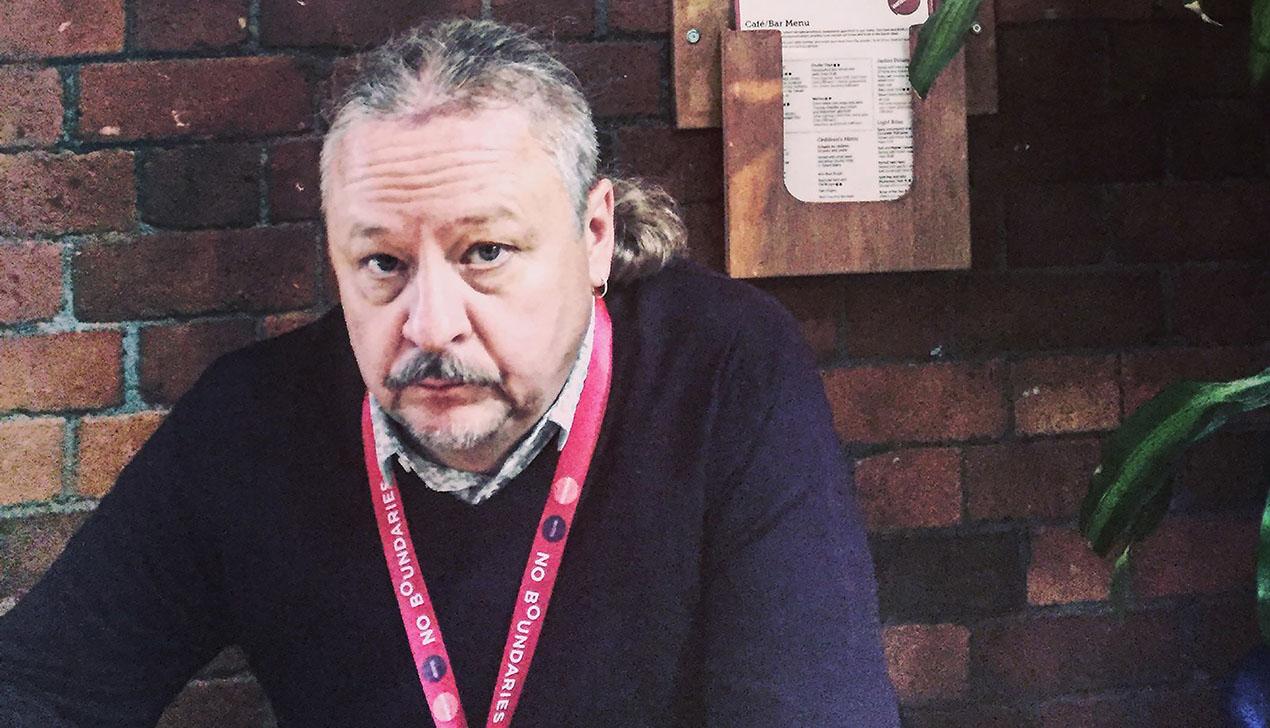 Драматург Николай Халезин: «По жанру мы все больше перемещаемся от театра абсурда к гиньолю — театру ужасов»