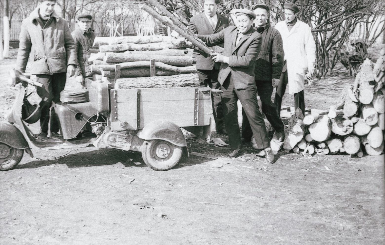 Федор Полищук, фото субботника в Гродненской психиатрии, 1960-е