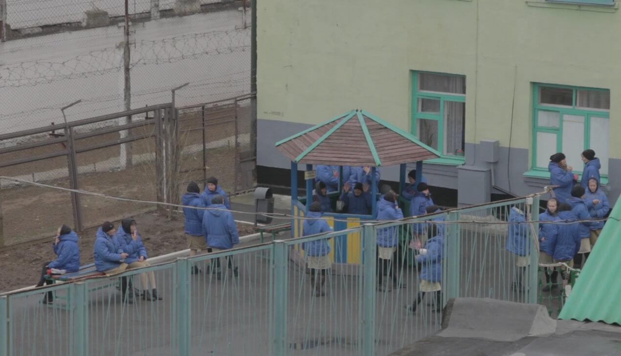 В прокат выходит документальный фильм Анастасии Мирошниченко— «Дебют»
