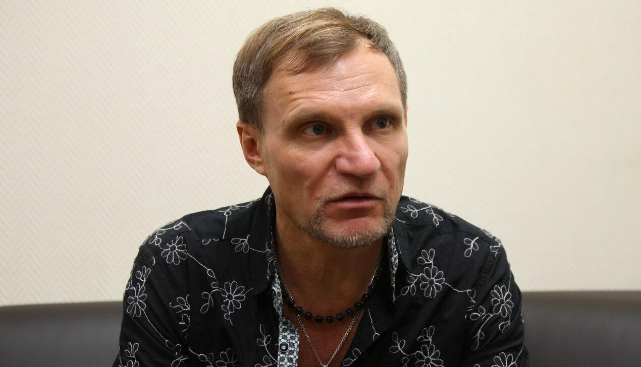 Олег Скрипка: «Чем ближе люди к беде, тем больше им нравятся веселые песни»