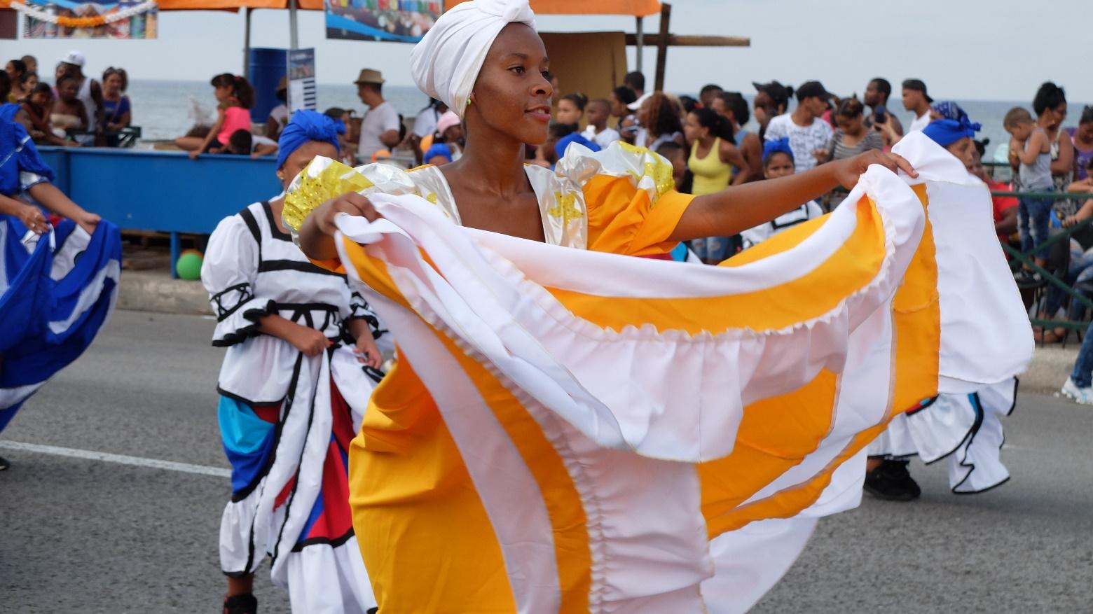 Куба. Карнавал к началу учебного года в Гаване