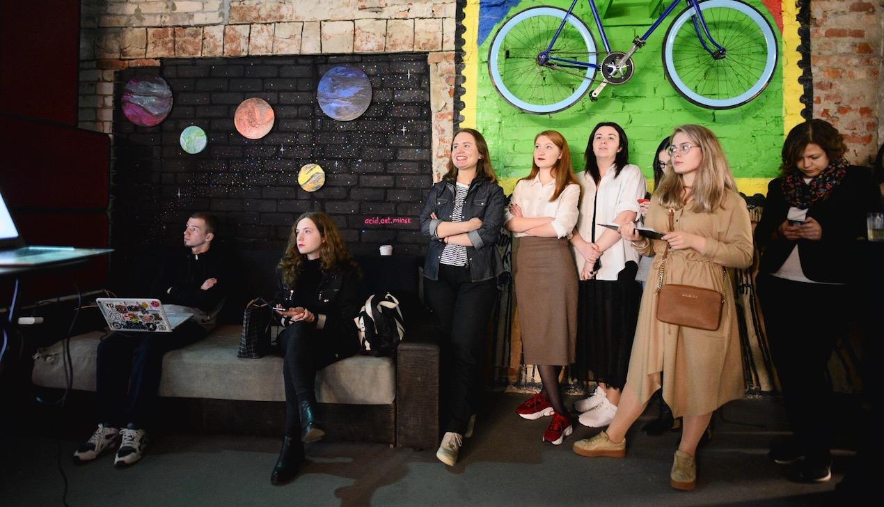 На подарок жене, экспедицию археологов или счастье для лошади: в Беларуси запустили платформу быстрого сбора средств для любых идей