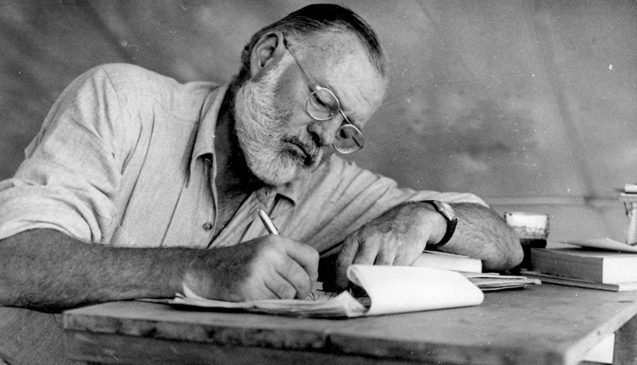Эрнест Хемингуэй: «Самый важный дар для писателя — встроенный противоударный детектор дерьма».