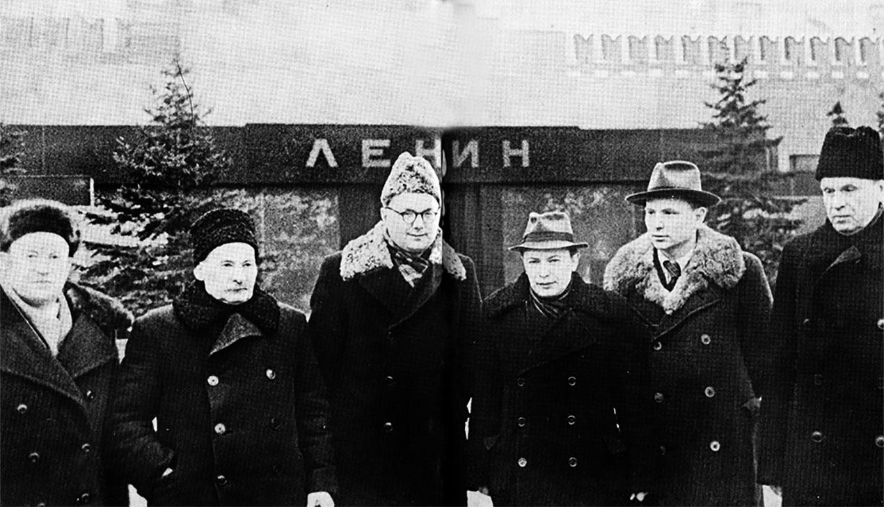 Быков, Колас и Шамякин — бесплатные аудиокниги беларуских писателей появились в интернете