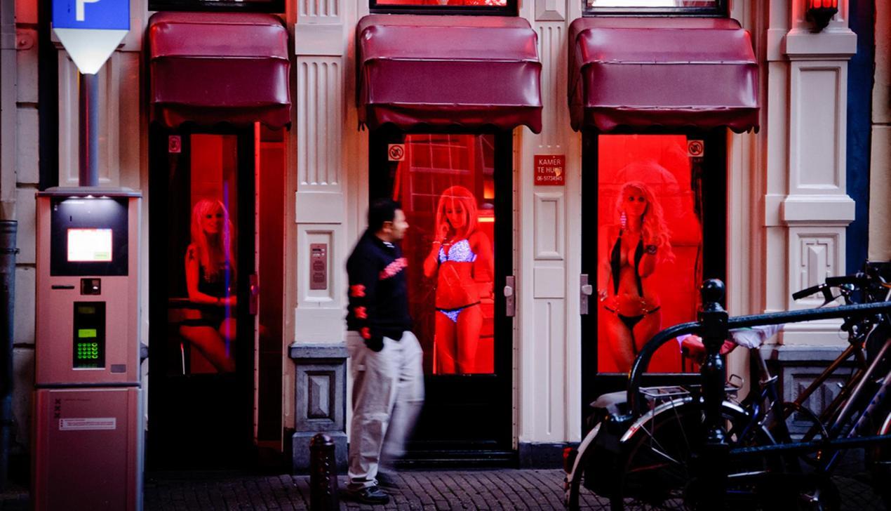 За каждую ночь в Амстердаме теперь нужно платить дополнительно по €3