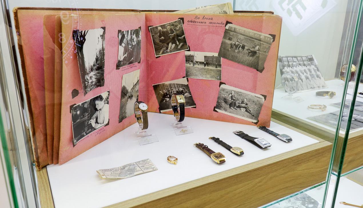 «Луч» открыл музей и представил третью версию часов с одной стрелкой