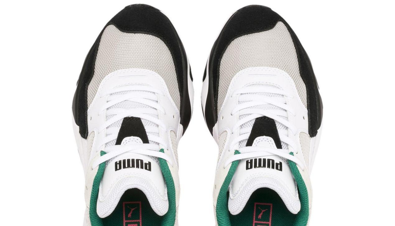 В кроссовках Puma разглядели портрет Адольфа Гитлера