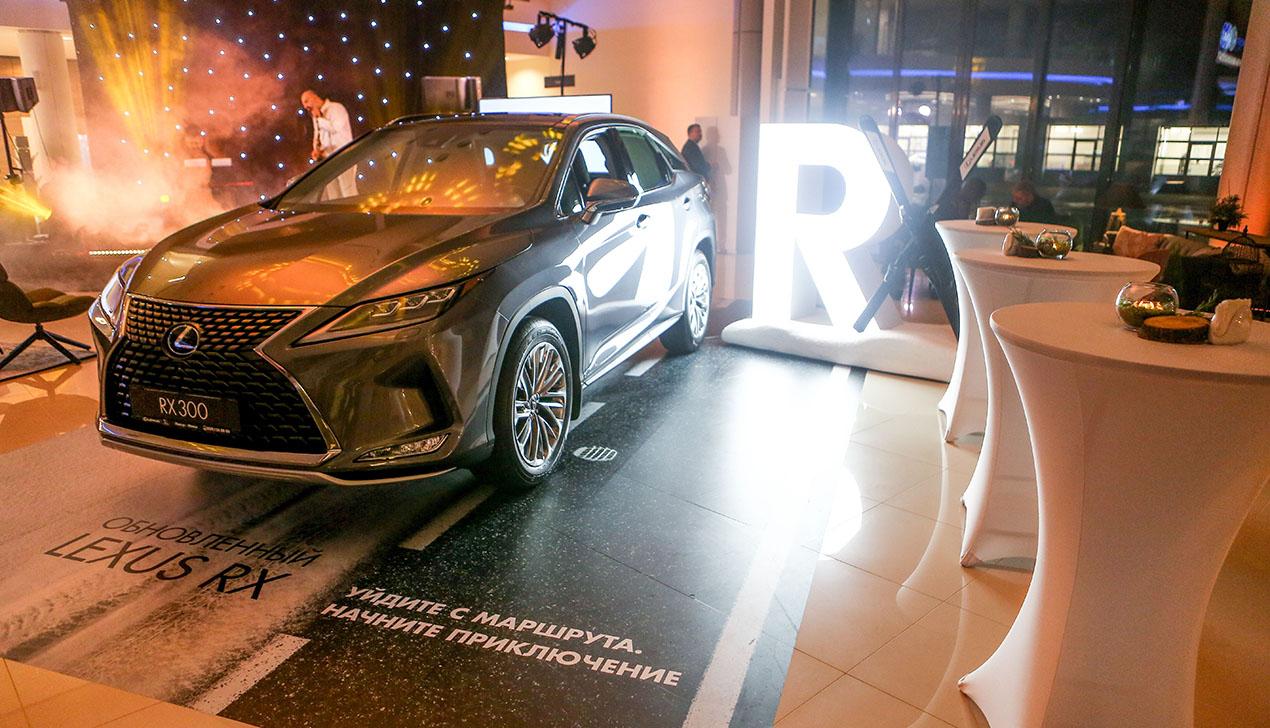 Встречайте обновленную версию бестселлера – премиальный кроссовер Lexus RX!